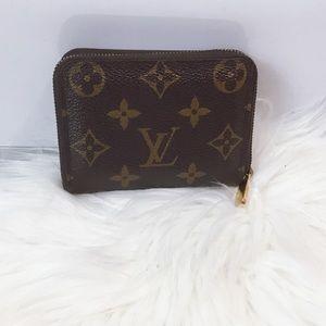 100% Authentic Louis Vuitton  Zippy Coin Purse